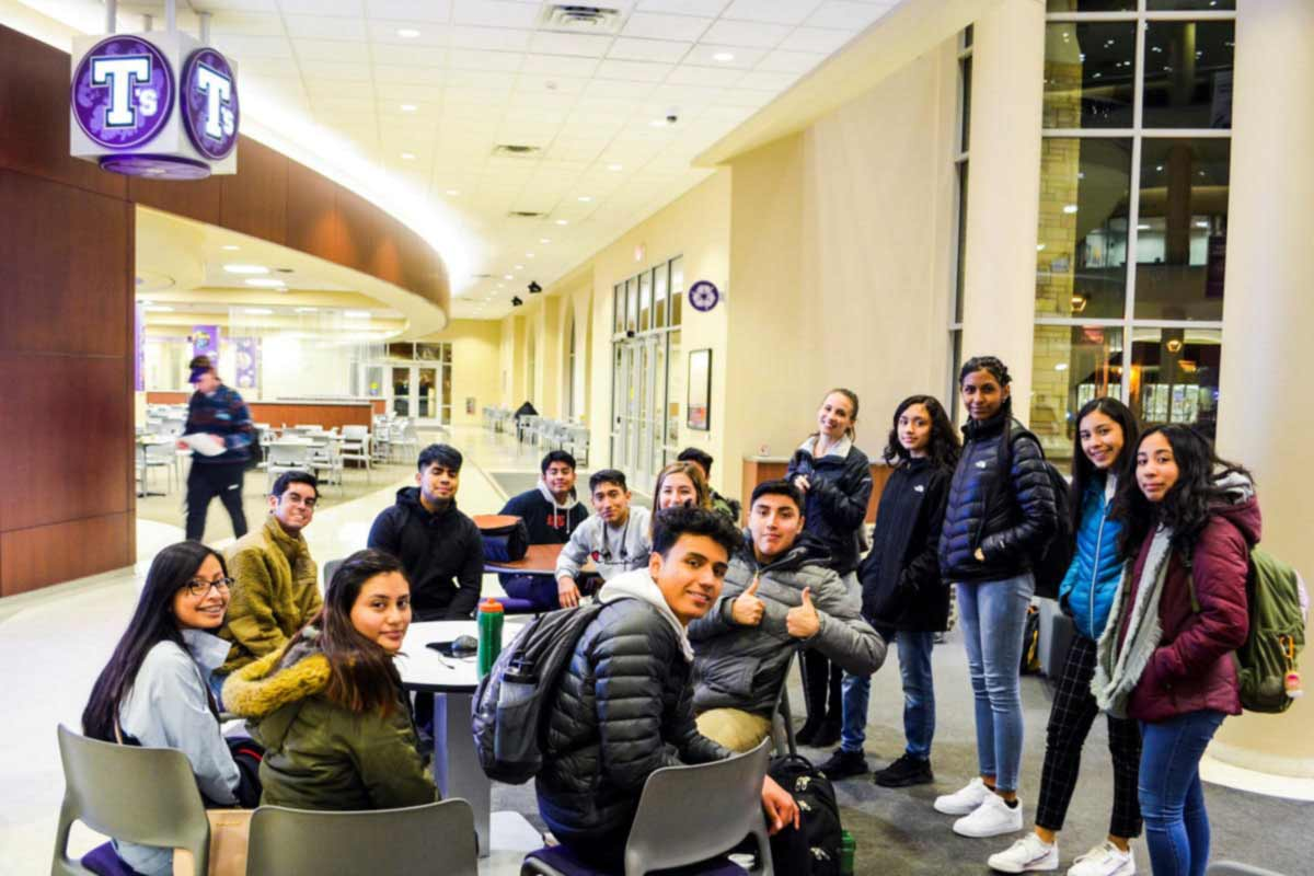 Minnesota Latino high school students at St. Thomas student center
