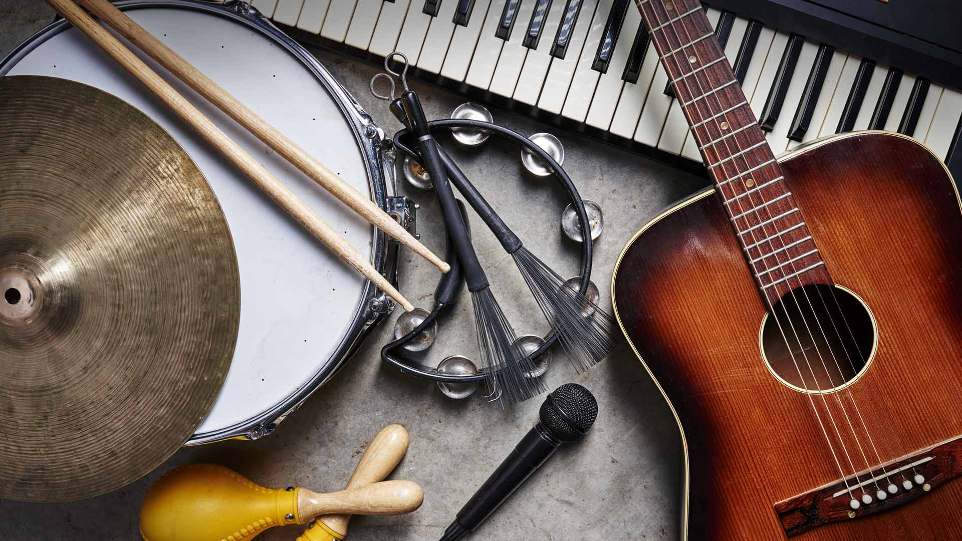 Instruments layed out on a table.