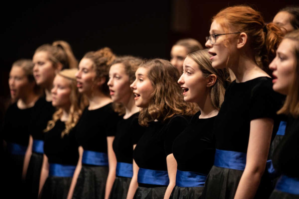 Donne Unite performs during the Christmas Concert.